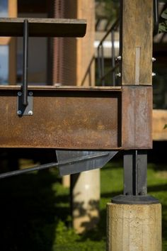 exterior industrial look with exposed beams etc Grid House / Forte, Gimenes & Marcondes Ferraz Arquitetos Detail Architecture, Interior Architecture, Installation Architecture, Steel Detail, Structure Metal, Wood Steel, Steel Deck, Steel House, Shipping Container Homes