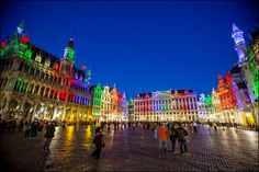 Grand-Place arc-en-ciel - Grote Markt in regenboogkleuren - Grand-Place in rainbow colors (05.15) - Belgian Pride © Eric Danhier
