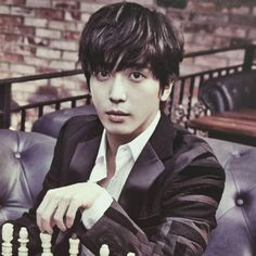 Jung yong hwa......One look and u r captured by his charms....