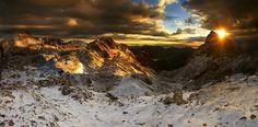 Gipfelgold sammeln - Julische Alpen by Karol Nienartowicz