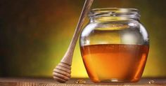 Scientists have been warning of a possible medical catastrophe from an epidemic of antibiotic resistant superbugs. Manuka honey may be a natural and ancient solution to a modern health disaster. Holistic Nutrition, Health And Wellness, Health Tips, Health Care, Health Remedies, Home Remedies, Natural Remedies, Natural Treatments, Honey Benefits