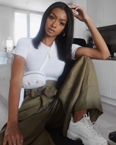 "eeba6f595c09 Jayde Pierce on Instagram  ""Yesterday s outfit - Top-  aym.studio Bum bag-   topshop Trousers-  zara Trainers-  filauk (I need new white fila s because  mine ..."