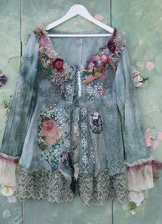RESERVED for BALANCE Storm clouds and roses jacket por FleursBoheme