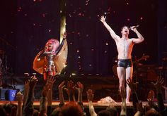 "Here's What Darren Criss Looks Like In ""Hedwig And The Angry Inch"""