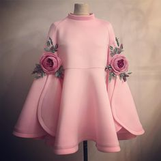 Eid Mubarek Bayram Good festival for all araş – KinderMode Baby Girl Dresses, Baby Dress, Dress Up, Rose Dress, Dress Clothes, Dress Outfits, African Fashion, Kids Fashion, Womens Fashion