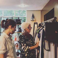 Hoy recibimos una visita muy grata en el Showroom. @annafusoni Analista observadora y crítica de moda