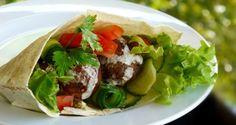 φαλάφελ - ο πρόσφυγας της Μέσης Ανατολής - Pandespani.com Greek Recipes, Wine Recipes, Dessert Recipes, Desserts, Falafel, Tahini, Mexican, Snacks, Vegetables