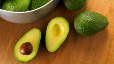 Raw Food Diet for Beginners - paleo for beginners - - Raw Food Recipes - Hard Avocado, Avocado Salad, Avocado Hair, Growing Avocado, Raw Food Recipes, Diet Recipes, Food Tips, Cuban Recipes, Lunch Recipes