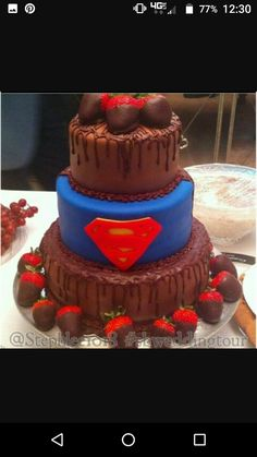 Awesome superman wedding cake from my sister in laws wedding. Superman Wedding Cake, Superhero Wedding Cake, Wonder Woman Wedding, Wonder Woman Cake, Next Wedding, Perfect Wedding, Formal Wedding, Wedding Themes, Wedding Cakes
