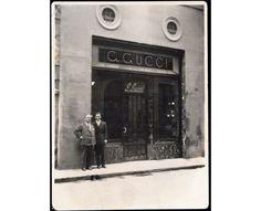 Guccio et Rodolfo Gucci, boutique de Florence, fin des années 40