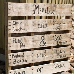 Use the wooden pallets to make comfortable couches for your 'chill out corner' or use them for your wedding menu or sweet buffet table or bar… Barn Parties, Western Parties, Cowboy Party, Rodeo Party, Prom Decor, Graduation Party Decor, Pallet Wedding, Rustic Wedding, Wedding Menu