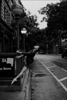 © 2011-2012 Ballerina Project http://ballerinaproject.com