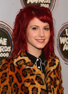 Warm Red Hair Color | Hayley Williams Cherry Red Hair