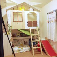 akatukiyukiさんの、ロフト,ロフトDIY,IKEA,子供部屋 ,ベッド,子供スペース,すべり台,バターミルクペイント,ツリーハウス風,リーディングヌック,ベッド周り,のお部屋写真