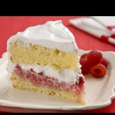 Low fat lemon and raspberry cake with a light lemon meringue icing!