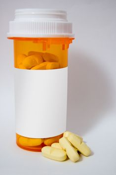 """Florida Prescription Drug Deaths Mark First Decrease In Almost A Decade, Study Says"" Full article:  http://www.huffingtonpost.com/2012/10/25/florida-medical-examiner-drug-deaths-2011_n_2016422.html?utm_hp_ref=addiction-recovery"