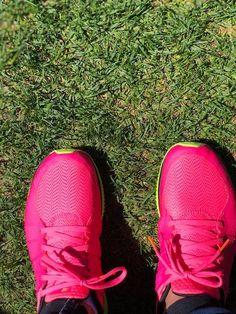 Amazing Race, Nike Free, Sneakers Nike, Fashion, Nike Tennis, Moda, Fashion Styles, Nike Free Shoes, Fashion Illustrations
