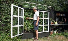 Herb garden lean to idea Small Greenhouse, Greenhouse Plans, Greenhouse Gardening, Edible Garden, Summer Garden, Vegetable Garden, Garden Structures, Plantation, Raised Garden Beds