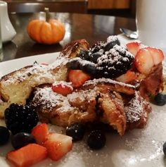 EATS   Nothing says Sunday morning quite as well as brioche french toast from Felice Wine Bar & Ristorante. Photo: @foodieoutloud
