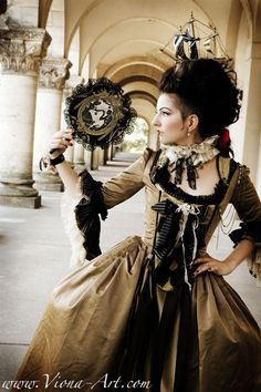Absolutely in love with this fan. And, of course, the Marie Antoinette-esque ship.