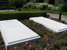 Gravesites of President and Mrs. Truman at the Truman Library in Independence, MO