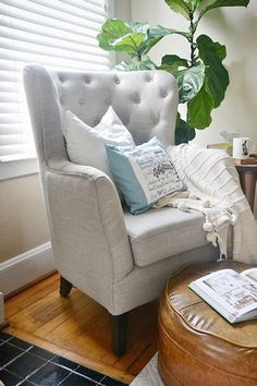 One chair two ways Home Design Living Room, Living Spaces, Sofa Design, Interior Design, Living Room Arrangements, Tufted Chair, Living Room Chairs, Apartment Living, Home Goods