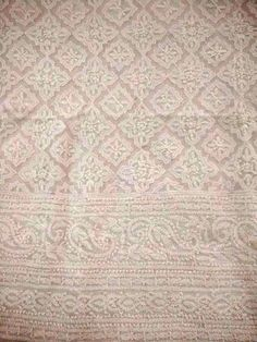 White lucknowi kurta fabric with white chikan hand embroidery and heavy jaali work all over. It has all over jaal work and motifs at the back. Embroidery Online, White Embroidery, Hand Embroidery Designs, Embroidery Patterns, Lucknowi Suits, Chikankari Suits, Pakistani Clothes Online, Georgette Fabric, Cotton Suit