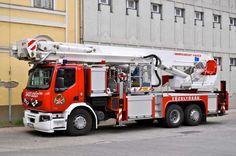 Hungary / Bronto aerial truck