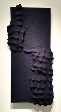 mutation 9 2015 - Textile art by Chung Im Kim Textile Sculpture, Sculpture Art, Textiles, Fabric Manipulation, Textile Artists, Texture Art, Fabric Art, Installation Art, Oeuvre D'art