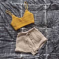 Summer is looking good!!!! Our newest piece for Summer is the Sundayz Crop singlet. Hand crochet with our signature chunky soft cotton yarn. The fi... Crochet Bikini Pattern, Crochet Crop Top, Diy Crochet, Hand Crochet, Crochet Summer Tops, Swimsuit Pattern, Diy Vetement, Crochet Designs, Crochet Patterns