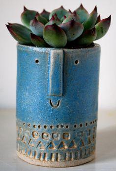 Atelier Stella. Little succulent pot.