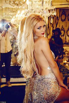 Paris Hilton flaunts her flawless figure in sexy bikini shoot Sugar Baby, Paris Hilton Style, Rich Girls, Bollywood, Beautiful Paris, Beauty Women, Celebrity Style, Celebs, Glamour