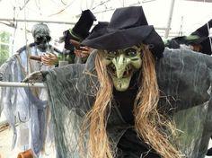 salem-haunted-happenings-2011-halloween-at-its-best