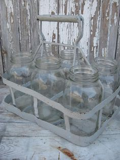 VINTAGE metal BOTTLE / JAR carrier