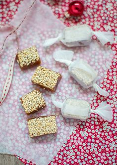 Vanilla toffee with roasted sesame seeds. Toffee, Cereal, Roast, Vanilla, Breakfast, Kitchen, Food, Cakes, Sticky Toffee