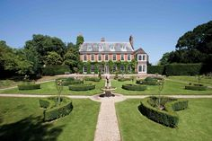 7 properties with beautiful and breathtaking country gardens