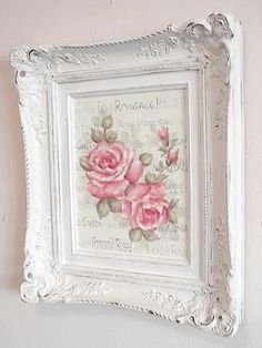 - Do you love shabby chic home decor? How about farmhouse decor? This Shabby Chic Upcy .- Do you love shabby chic home decor? How about farmhouse decor? This shabby chic upcycled photo frame is Vanity Shabby Chic, Cottage Shabby Chic, Cocina Shabby Chic, Muebles Shabby Chic, Shabby Chic Living Room, Shabby Chic Interiors, Shabby Chic Bedrooms, Shabby Chic Homes, Shabby Chic Furniture