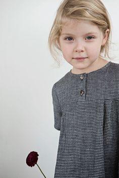 Beautiful, simple and timeless childrens clothes by MUKU. Little Girl Fashion, Kids Fashion, French Kids, Stylish Kids, Kid Styles, Kids Wear, Baby Dress, Cute Kids, Baby Kids