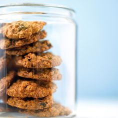 Chewy Oatmeal Raisin Cookies Recipe | Martha Stewart with old fashioned oats,  not quick oats