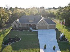 13886 Oak Manor Dr, Willis, TX 77318