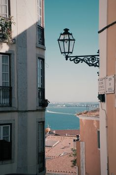 #view #lisboa #river #windows #blueprint Vsco Pictures, Old Pictures, Eurotrip, Places To Travel, Places To Go, Window View, A Whole New World, Life Is Like, Pilgrimage