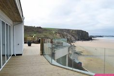 The glass balustrade is in! Now you can sit on our extended terrace with unrestricted views of the ocean :-)