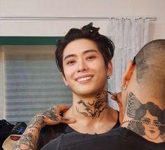 Funny Kpop Memes, Wtf Funny, Foto Meme, Korean Boys Hot, Michael Cera, Jung Jaehyun, Jaehyun Nct, Kpop Guys, Camille