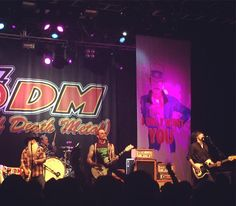 Superb night thanks to an on form @eodmofficial check out our review on the site this weekend #eodm #o2forumkentishtown #rock #eaglesofdeathmetal #londongigs
