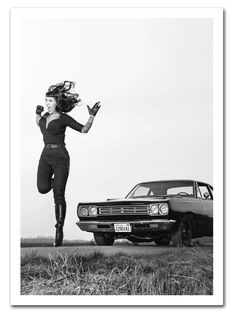 "Postkarte 'Tribute to Russ Meyer/Tura Satana"""