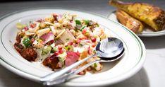 Découvrez cette recette de Salade étagée pour 4 personnes, vous adorerez! Challah, Bruschetta, Potato Salad, Ethnic Recipes, Macaroni, Food, Table, World, Green Chilli