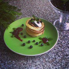 Kváskové lievance (fotorecept) - obrázok 6 Ale, Pancakes, Dinner Recipes, Pudding, Breakfast, Food, Basket, Morning Coffee, Ale Beer