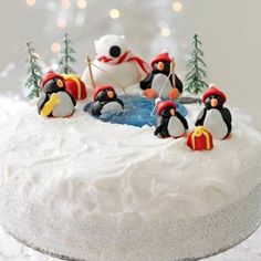 Icing polar bears and penguins