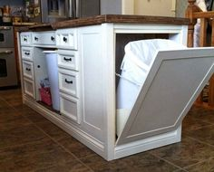 Consider Installing Kitchen Islands To Go With Your Unique Kitchen Design – Home Decor World Kitchen Island Storage, Farmhouse Kitchen Island, Modern Kitchen Island, Kitchen Island With Seating, Kitchen Redo, Kitchen Backsplash, New Kitchen, Kitchen Islands, Desk To Island