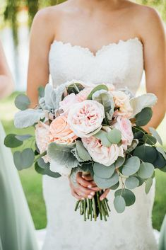 The Brides Beautiful Bouquet A Simple Stunning Sage Wedding Kennedy Blue